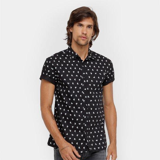 bc5e71535 Camisa Colcci Manga Curta Estampada Bolso Masculina - Preto+Branco