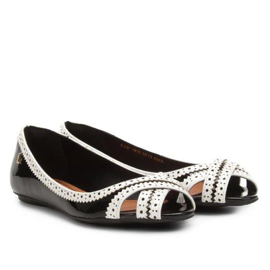 454e72a031 Sapatilha Peep Toe Santa Lolla com Laser Cut Feminina - Preto+Branco
