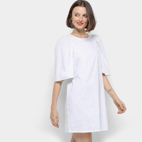 Vestido Colcci Evasê Curto Listrado Manga Ombreira - Branco e Preto ... 541bf8593fd2f