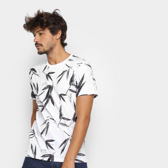 b133051c8 Camiseta Colcci Folhagens Masculina - Branco e Preto - Compre Agora ...
