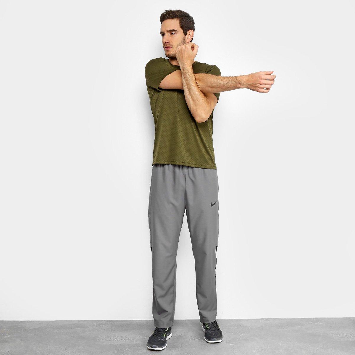 374eeb9ceb94a Calça Nike Dry Team Woven Masculina | Livelo -Sua Vida com Mais Recompensas
