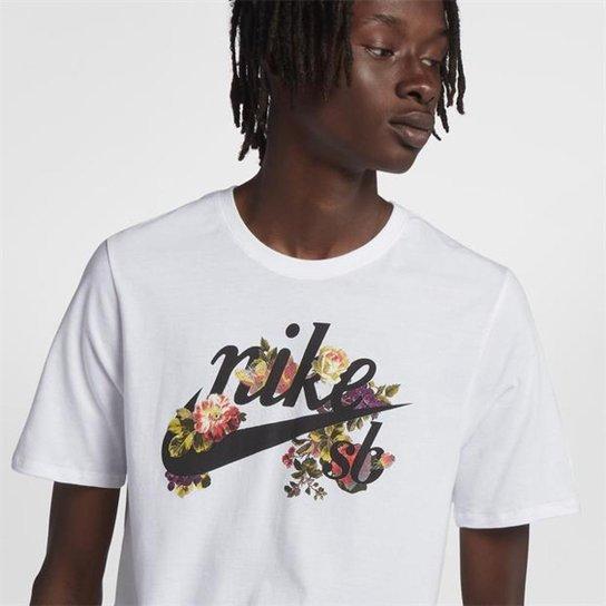 d8c2aff39beb7 Camiseta Nike Floral Logo Masculina - Compre Agora
