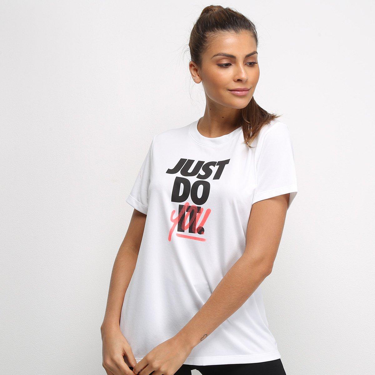 Camiseta Nike Dry Leg Rebel Crew Feminina