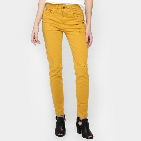 14b07a19e Calça Jeans Colcci Cory Color - Compre Agora   Zattini