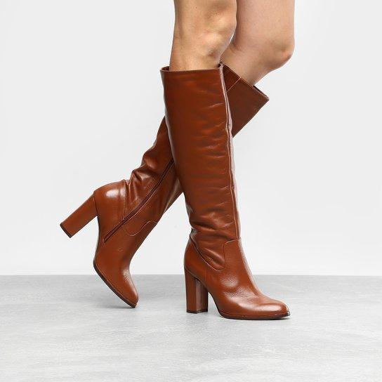 e6c05c2cd5 Bota Couro Cano Longo Shoestock Salto Grosso Feminina - Marrom ...
