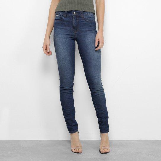9ffdc1e56 Calça Jeans Skinny Colcci Estonada Cintura Média Feminina - Azul Escuro