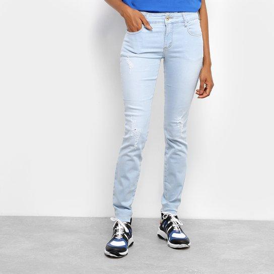 f401a26fd6f Calça Jeans Skinny Colcci Fátima Destroyed Cintura Média Feminina - Azul  Claro. Loading.