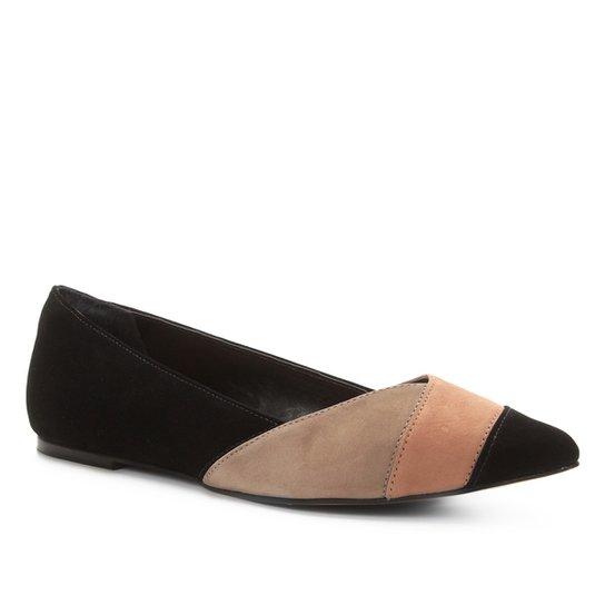 5d56ef6678 Sapatilha Couro Shoestock Bico Fino Nobuck Feminina - Preto e Nude ...