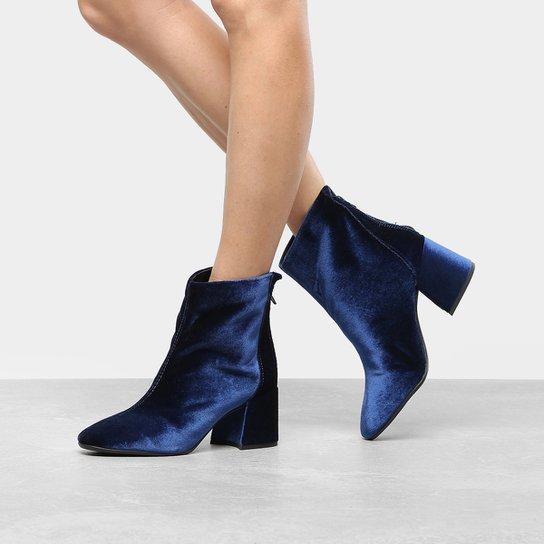 43ba5ad127 Bota Cano Curto Drezzup Basic Veludo Feminina - Azul Escuro - Compre ...
