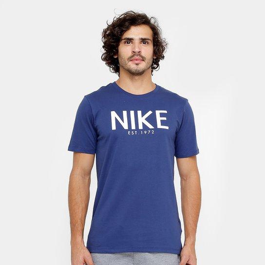 bdae3f26bc Camiseta Nike Sportswear Tee HO Art Masculina - Compre Agora