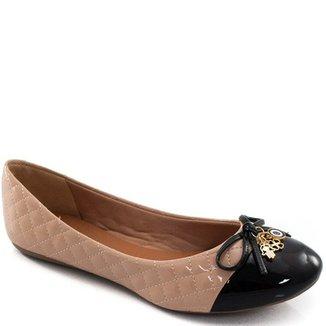 8075beb104 Sapatilha Com Pingentes Sapato Show