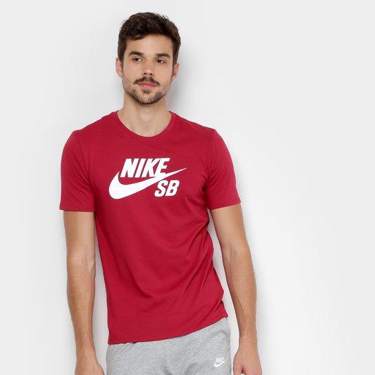 7cc61ee335293 Camiseta Nike Sb Logo Masculina - Vermelho e Branco - Compre Agora ...