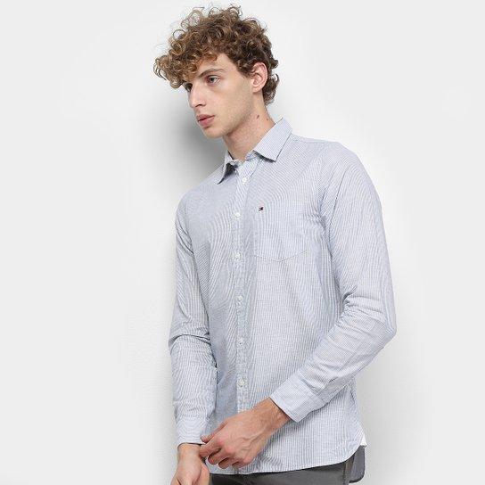 f539e6b3d385 Camisa Manga Longa Tommy Hilfiger Slim Slub Stripe Bolso Masculina - Azul e  Branco