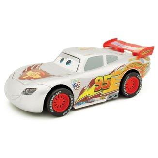 d8c336629 Veículo de Fricção - Disney Cars - Série Especial - Relâmpago McQueen  Silver - Toyng