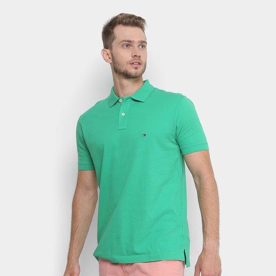 d9daddb2bfa4f Camisa Polo Tommy Hilfiger Piquet Básica Regular Fit Masculina - Verde