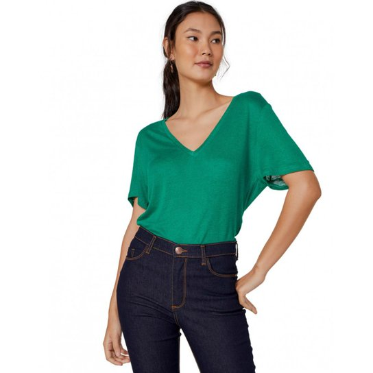 Camiseta Amaro Decote V Amplo - Verde - Compre Agora   Zattini 792591f7b8