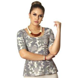 3557e8fe04 Blusa Ficalinda Meia Manga Estampa Militar Camuflada Decote Redondo Evasê  Feminina