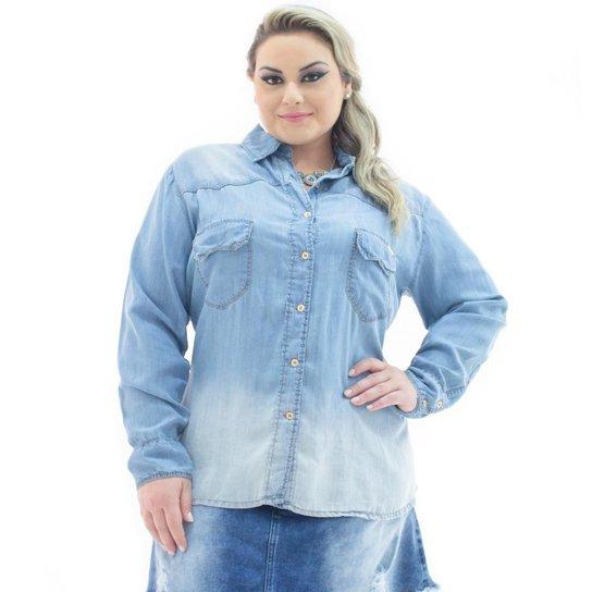 c0f48c9bb Camisa Jeans Confidencial Extra Plus Size com Bolso Feminina - Azul Claro