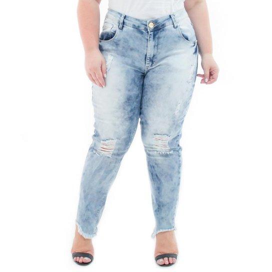 Calça Jeans Confidencial Extra Plus Size Cropped Destroyed Feminina - Azul  Claro b0a09301e55
