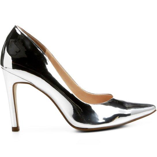 73ef576164 Scarpin Couro Shoestock Salto Alto Bico Fino - Compre Agora
