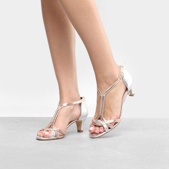 598da7df3 Sandália Shoestock Salto Grosso Metalizada Feminina - Compre Agora ...