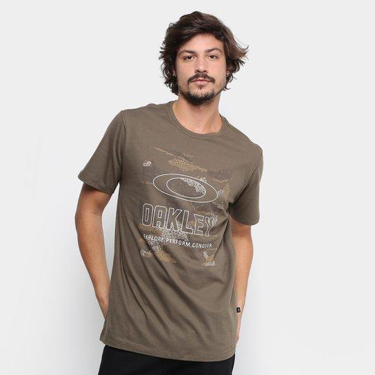 Camiseta Oakley Hive Camo Tee Masculina - Cáqui - Compre Agora  8aa88a4383b