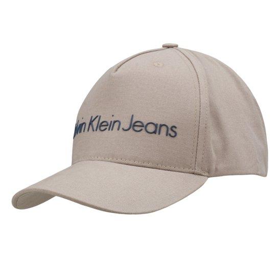 Boné Calvin Klein Aba Curva Logo Masculino - Cáqui - Compre Agora ... bf634b6ffc2