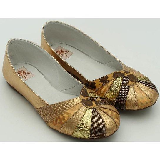 ba317682b2 Sapato Metalizado - Dourado - Compre Agora
