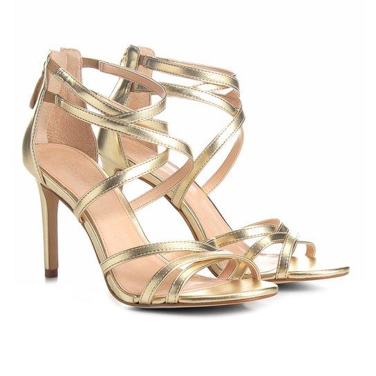 6a678e420 Sandália Shoestock Salto Fino Metalizada Tiras Feminina - Dourado