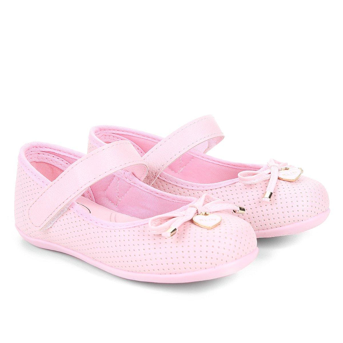 b6e5a3b135 Sapatilha Infantil Klin Perfuros Velcro Laço Feminina
