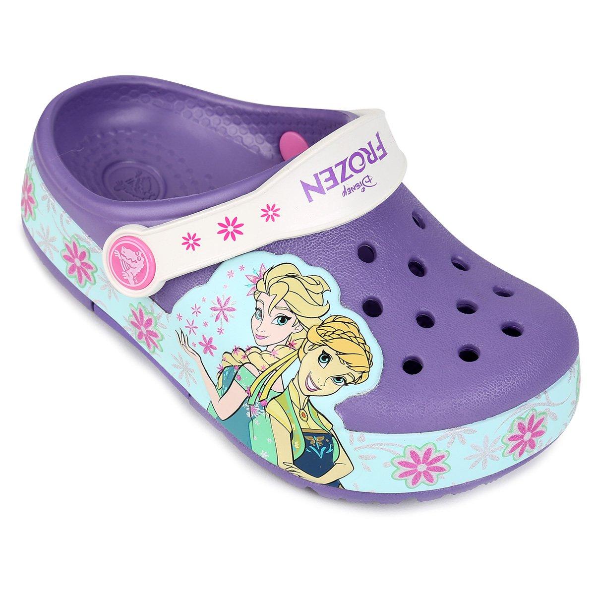 Sandália Crocs Infantil Lights Frozen Fever Clog   Livelo -Sua Vida ... f969a61bf8
