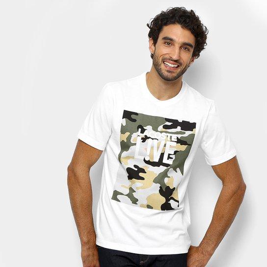 56bf029bcee52 Camiseta Lacoste Live Camuflada Masculina - Branco e Verde - Compre ...