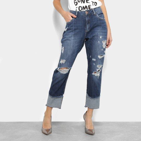2fee159f0 Calça Jeans Boyfriend Acostamento Rasgos Barra Dobrada Cintura Alta  Feminina - Azul