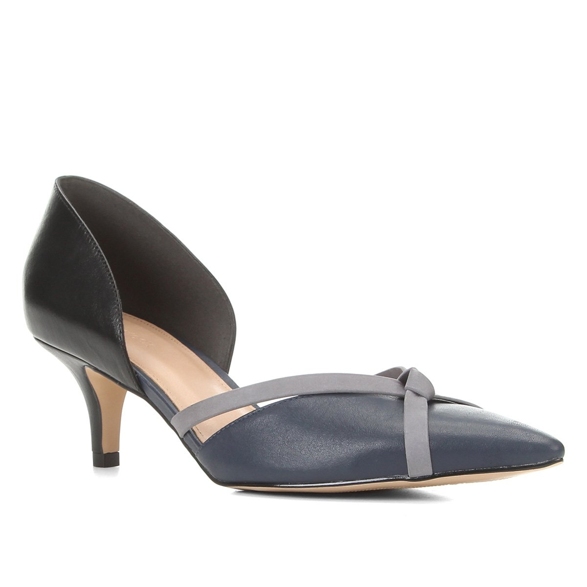 Scarpin Couro Shoestock Salto Médio Tiras