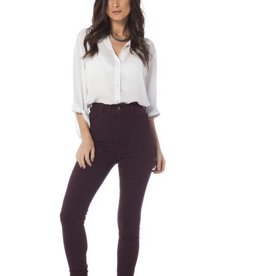 85aa83524 Calça Jeans Denim Zero Colorida Skinny Cintura Alta Feminina - Bordô ...