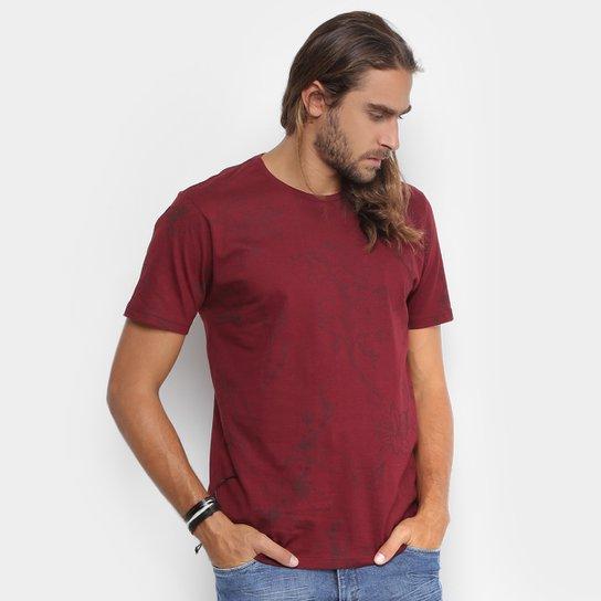 Camiseta Local Estampa Floral Masculina - Compre Agora  56974a7d529