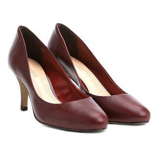 975981d3f7 Scarpin Couro Shoestock Salto Médio Básico