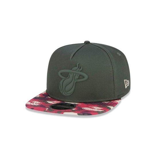 a4230233a4 Boné 950 Miami Heat NBA Aba Reta New Era - Verde Militar - Compre ...