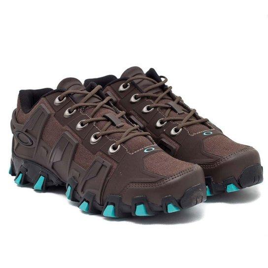 Tênis Oakley Hardshell - Marrom e Azul - Compre Agora  f548ceb7194da