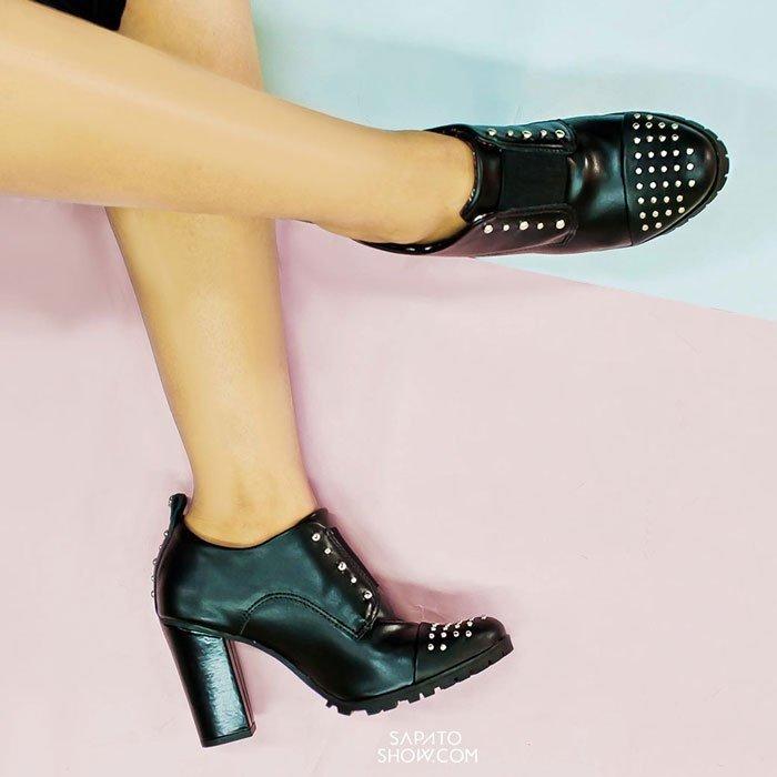Tratorado e Ankle Boot Ankle Cravo Boot Tachas Tachas Preto Canela Tratorado x8YA6AwPq