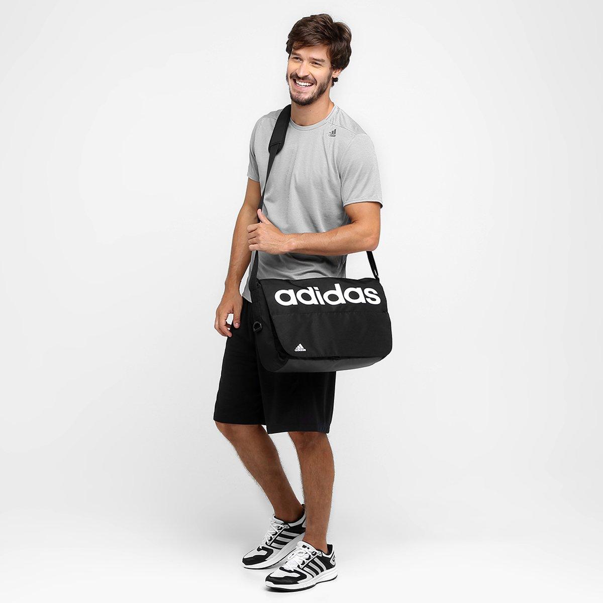 28bebacf99 Bolsa Adidas Messenger ESS Linear Masculina - Preto e Branco