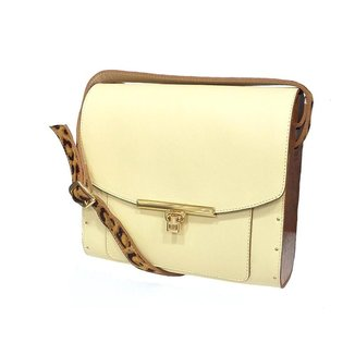 Bolsa couro Armazem RR Bijoux com lateral em madeira grande alça animal print melão