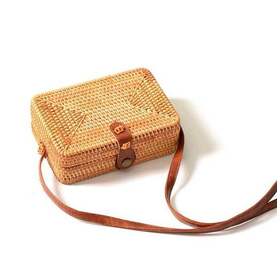 Bolsa de Palha Mini Bag Quadrada em Rattan com Couro Pu - Bege