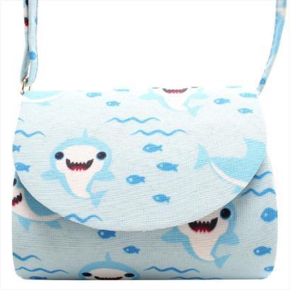 Bolsa Transversal Tubarão Feminina