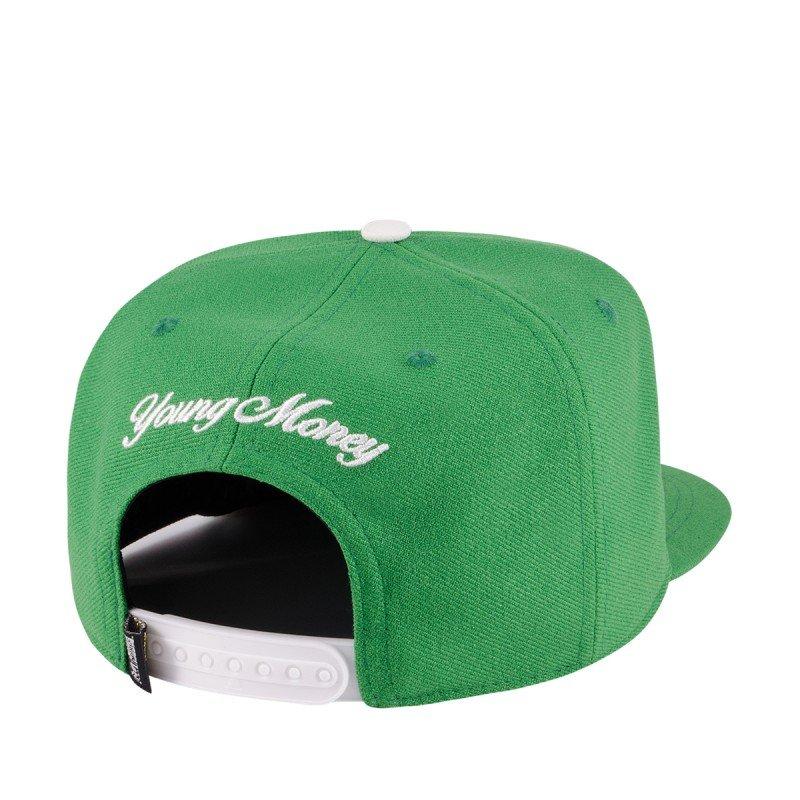 8689e58cb07bf Boné Aba Reta Young Money Snapback Boston - Verde - Compre Agora ...