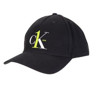 Boné Calvin Klein Aba Curva Strapback 5 Gomos Logo CK1
