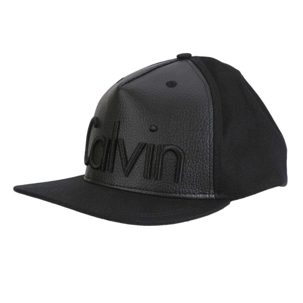 e303f594dded4 Boné Couro Calvin Klein Aba Reta Logo Masculino - Compre Agora   Zattini