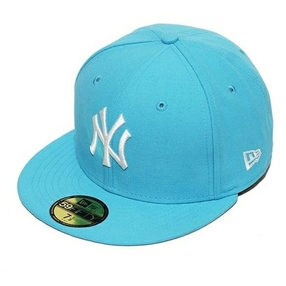 Boné New Era Aba Reta Fechado Mlb Ny Yankees Basic - New Era - Zattini BR feb94df24b7