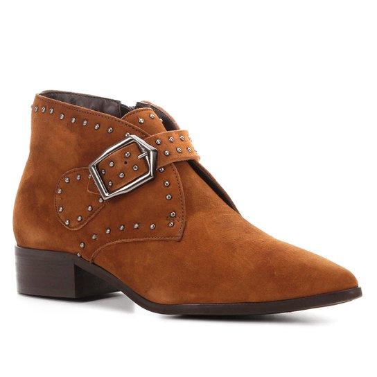 Bota Cano Curto Couro Shoestock Metal Feminina - Caramelo