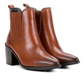 Bota Chelsea Shoestock Bico Fino Feminina